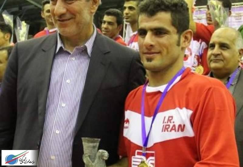 در دوره رقابتهای قهرمانی آسیا /سید اسماعیل دژه بازیکن کهگیلویه و بویراحمدی به عنوان برترین فوتسالیست آسیامعرفی شد.
