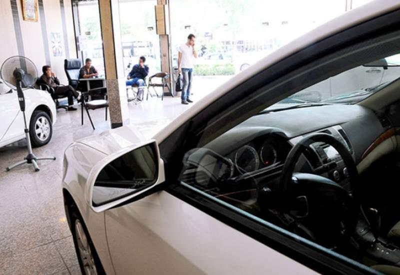 خواب سنگین بازار خودرو؛ قیمت ها آتش زیر خاکسترند؟